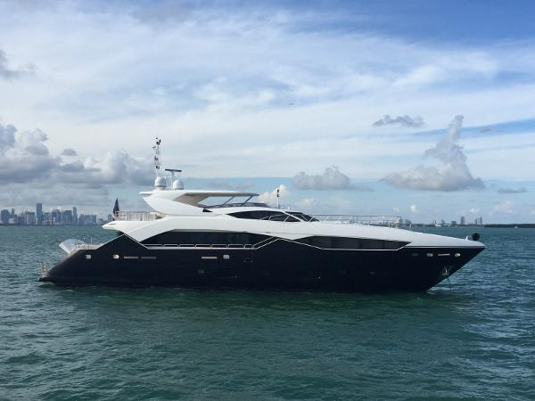 Sunseeker 115 Sport Yacht Main Profile