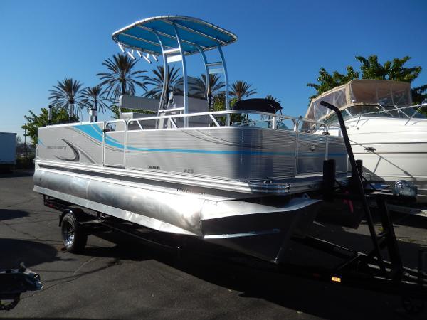 Angler Qwest 820 Pro Fish TT2