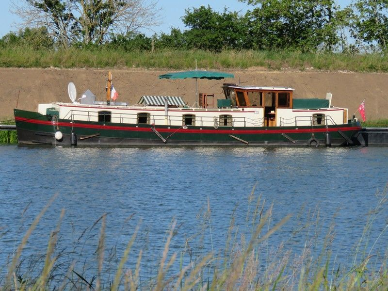 Pinder Replica Dutch Barge