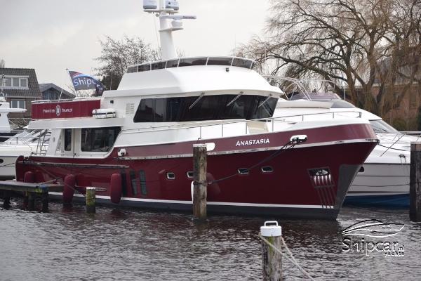 Privateer Trawler 65