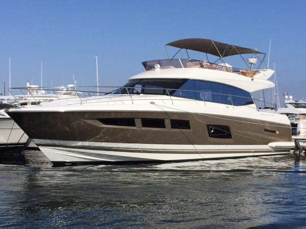 Prestige 550 Fly Port Bow - Bimini Up