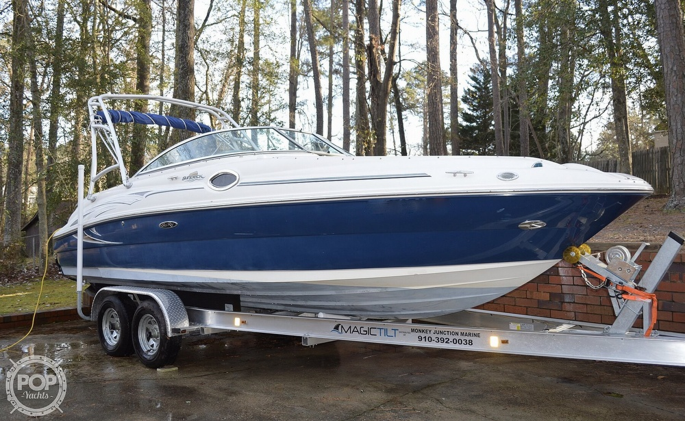 Sea Ray 240 Sundeck 2006 Sea Ray 240 Sundeck for sale in Fayetteville, NC