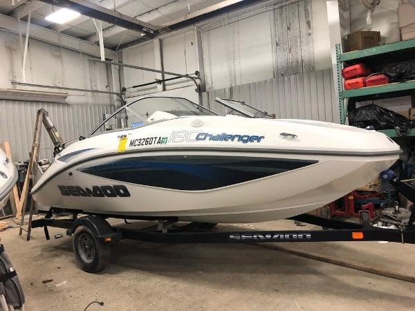 Sea-Doo Sport Boats Challenger 180 SE