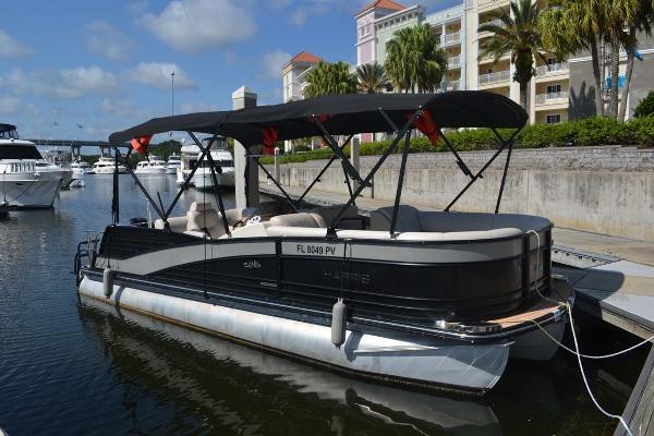 Harris FloteBote 230 Grand Mariner Profile