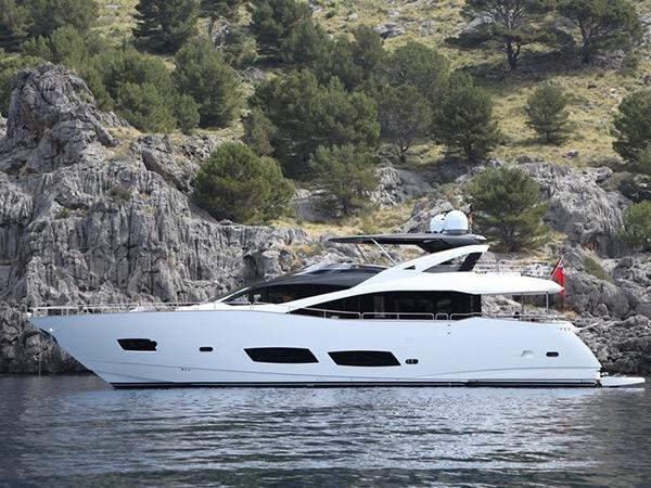Sunseeker 28 Metre Yacht AQUA LIBRA