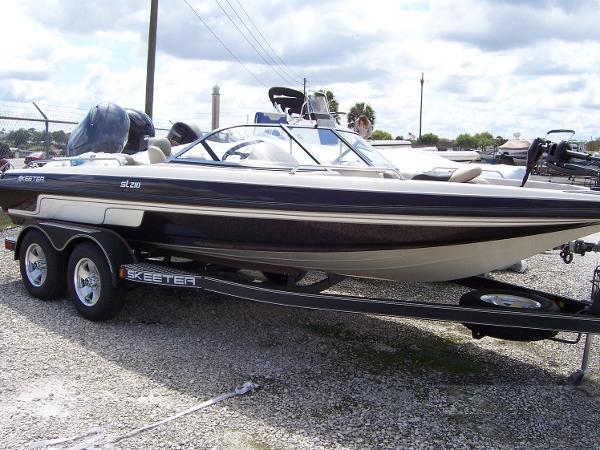 Skeeter SL-210
