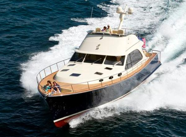 Palm Beach Motor Yachts PB65