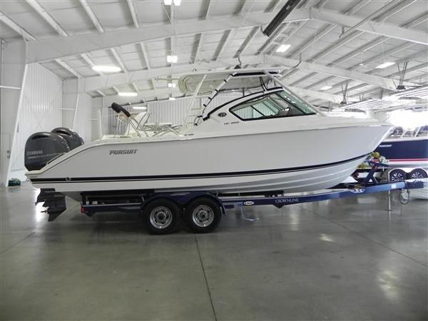 Pursuit 266 Dual Console