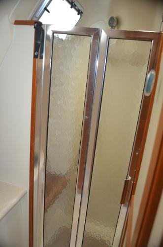 Walk-In Shower Aft Head