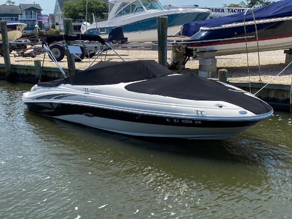 Sea Ray Sundeck 22