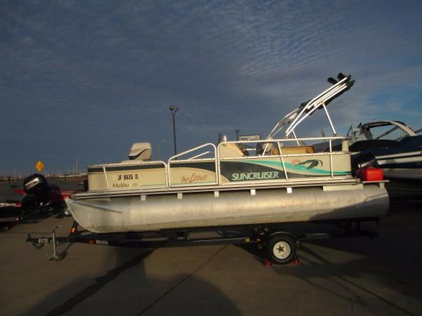 Suncruiser | New and Used Boats for Sale