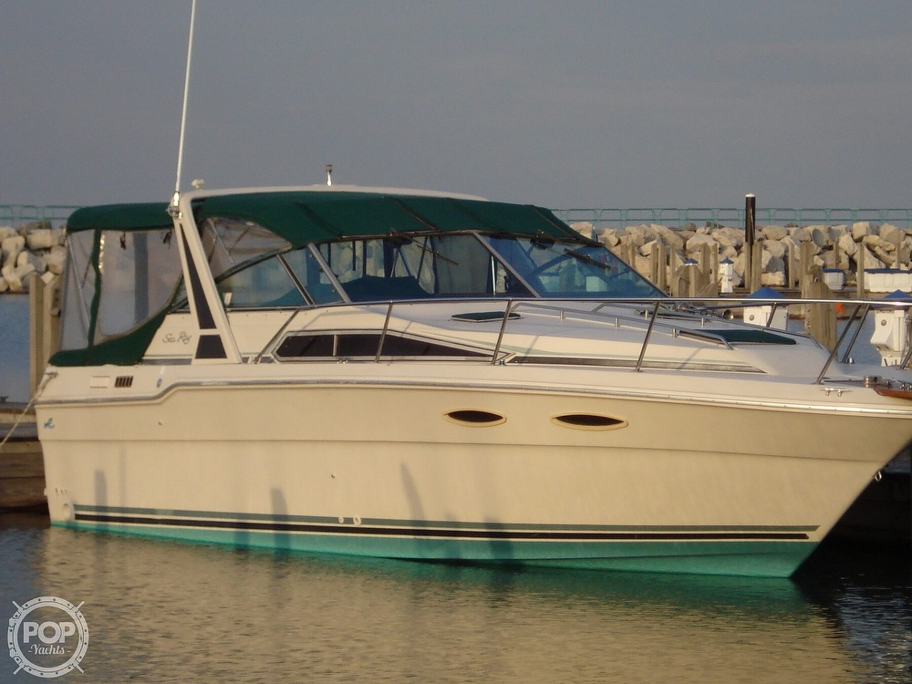 Sea Ray 300 Weekender 1988 Sea Ray 30 for sale in Riverdale, IL