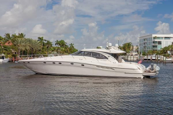 Sea Ray 68 Sun Sport Profile
