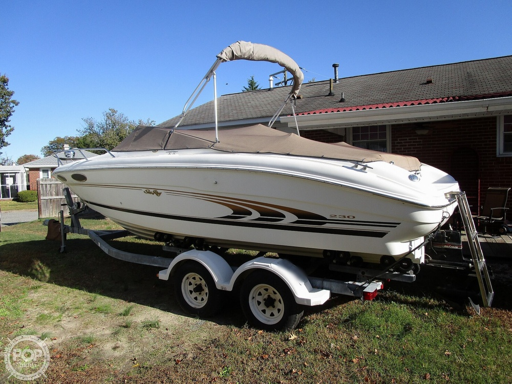 Sea Ray 230 Select 1997 Sea Ray 230 Signiture for sale in Hampton, VA