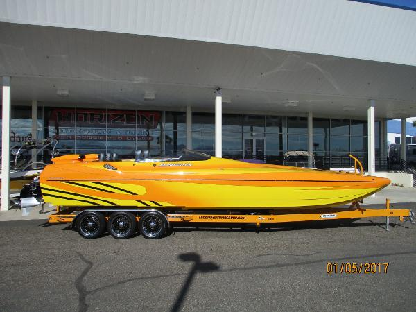 Eliminator Boats 33 DAYTONA CAT