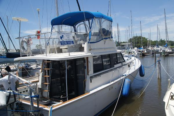 Mainship 34 Motor Cruiser