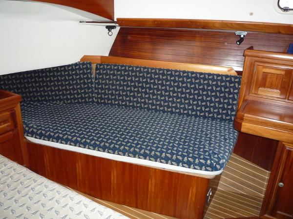 Dufour 39 CC for sale - Aft cabin second berth