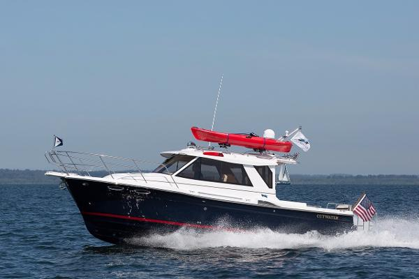 Cutwater Boats C-28 LE In-Stock Demo