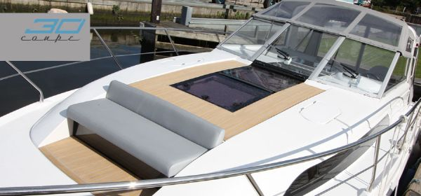 Broom 30 Coupe Foredeck Seat