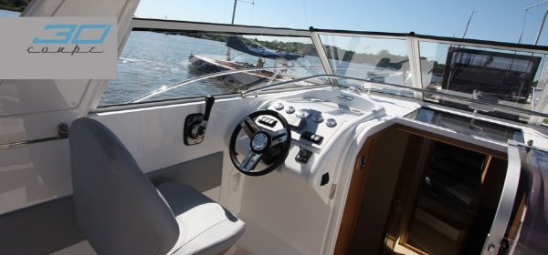 Broom 30 Coupe Helm