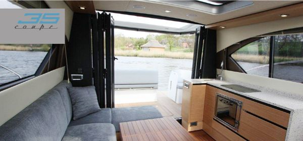 Broom 35 Coupe Galley