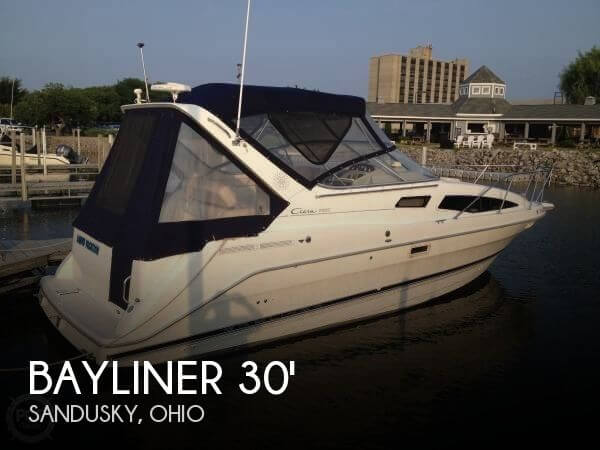 Bayliner 2855 Ciera Sunbridge 1998 Bayliner 2855 Ciera Sunbridge for sale in Sandusky, OH