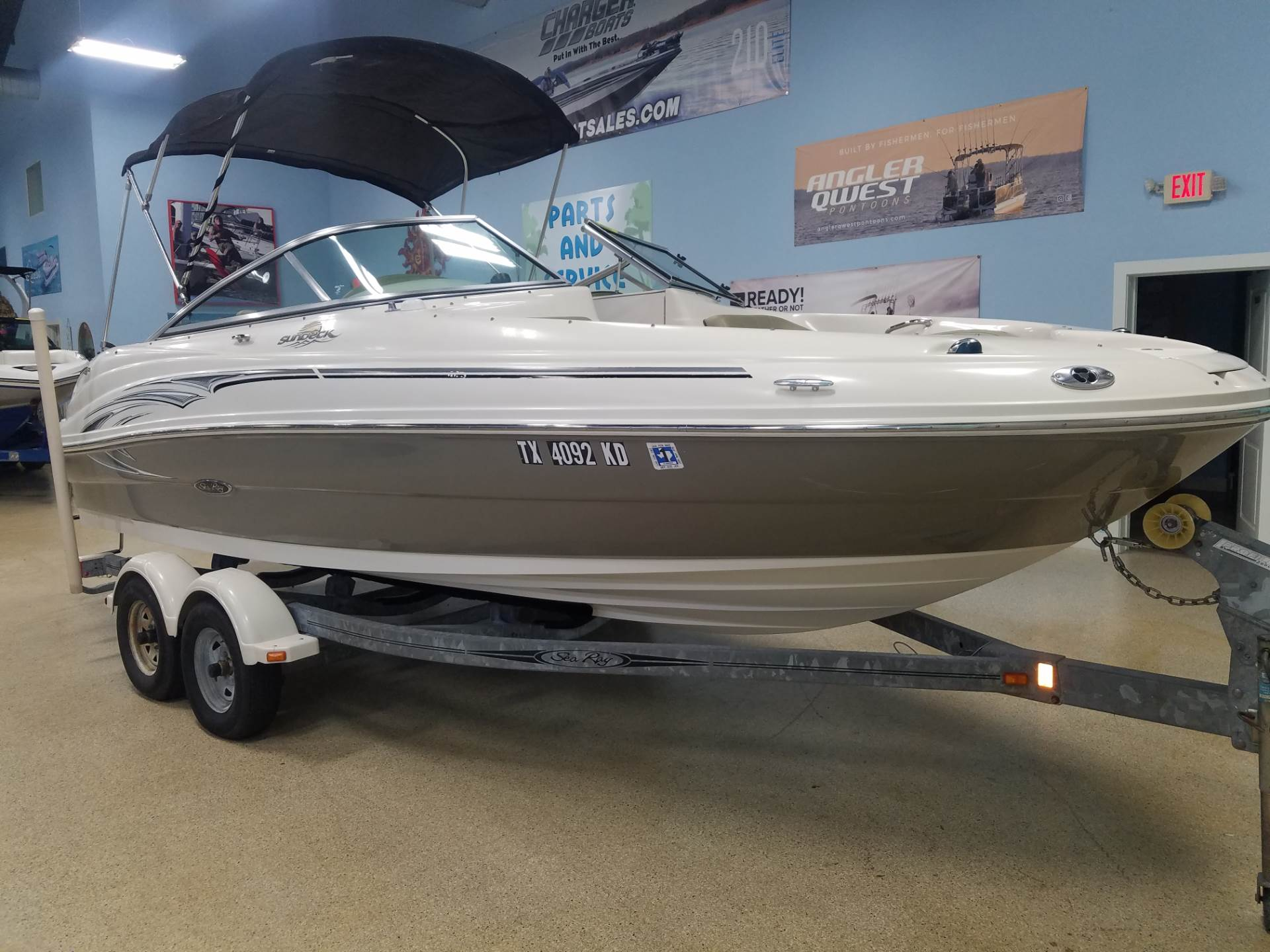 Sea Ray 200 Sundeck