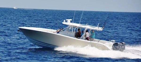 Yellowfin Center Console Profile
