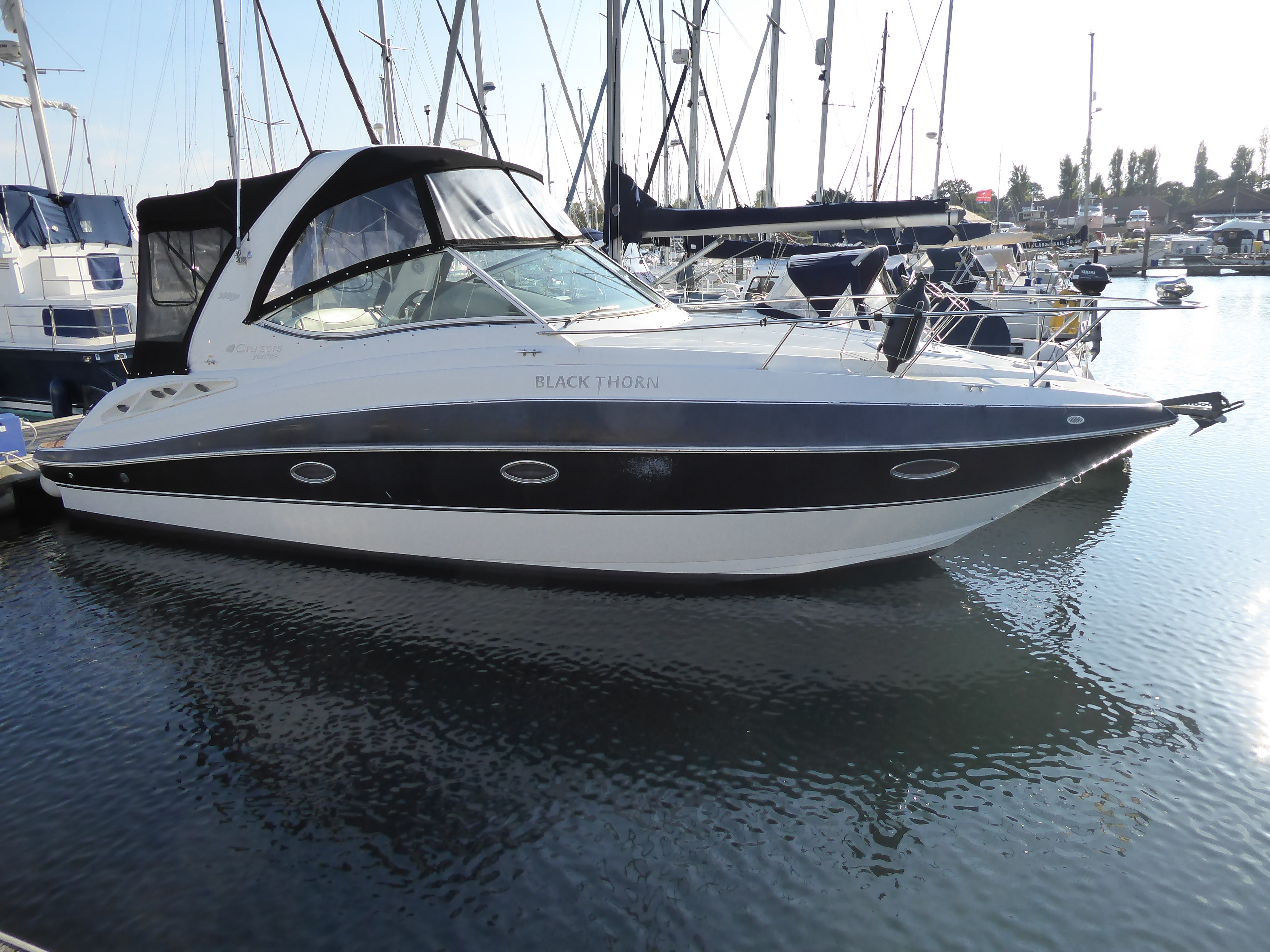 Cruisers Yachts 300 Cxi Cruisers Yachts 300 CXi For Sale