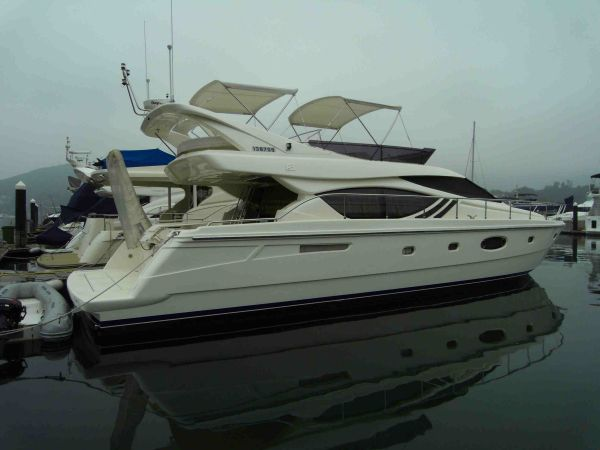 Ferretti Yachts Model 551 Photo 1