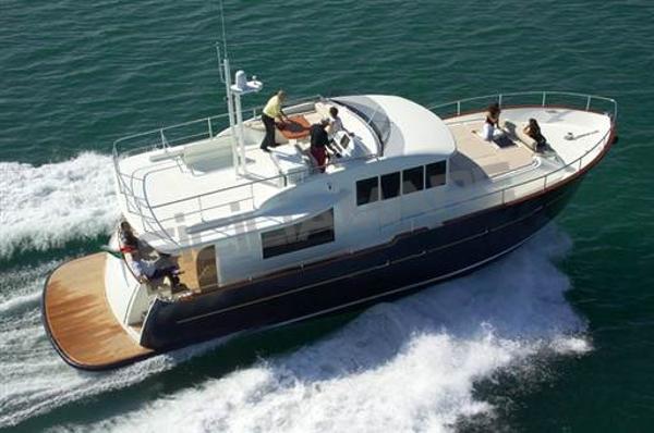 Cantieri Estensi 530 Maine 6340X1283037759110513931.jpg
