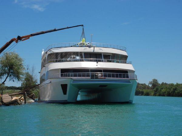 Catamaran Cruisers 2008/2016