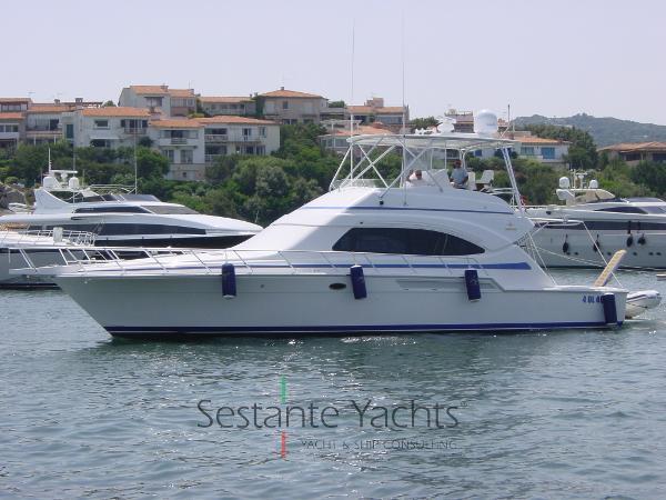 Bertram Yacht 510 Convertible Di Lato