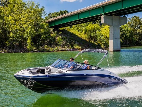Yamaha Marine 212 Limited