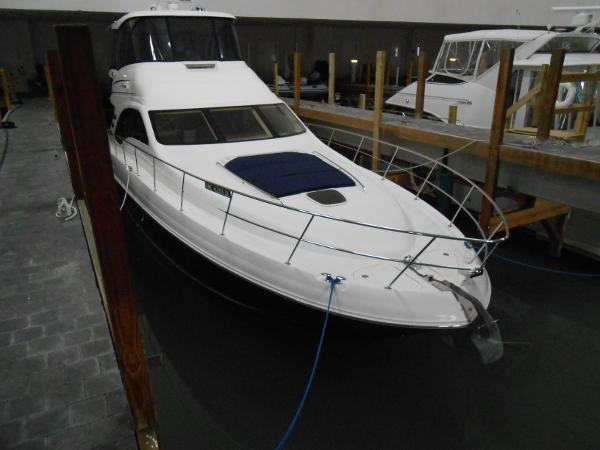Sea Ray 580/550 Sedan Bridge
