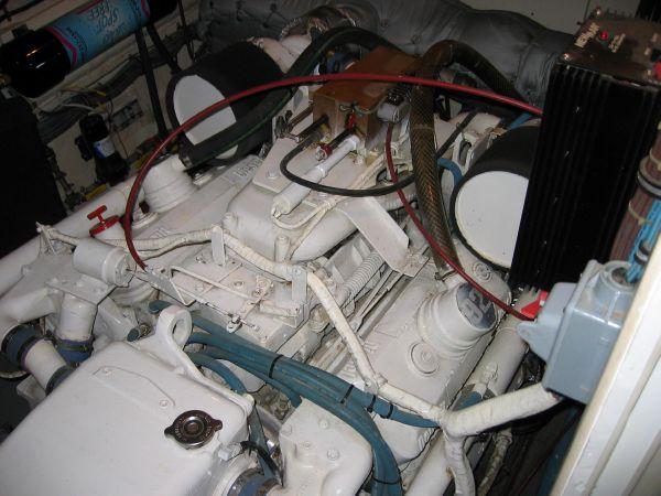 Detroit 6V92TA  Starboard