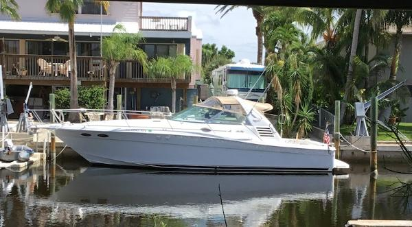 Sea Ray Express Cruiser 37 Ex Profile