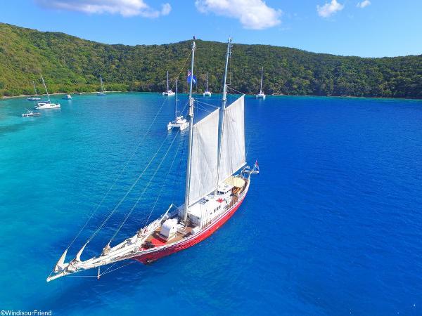 Schooner barge