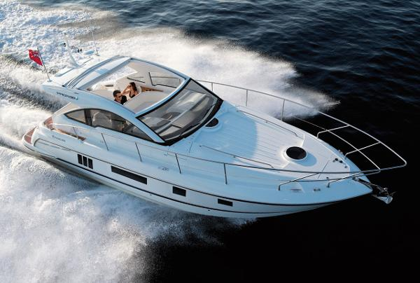 Fairline Targa 38 Open Running Shot