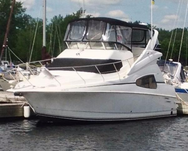 Silverton 330 Sport Bridge Profile