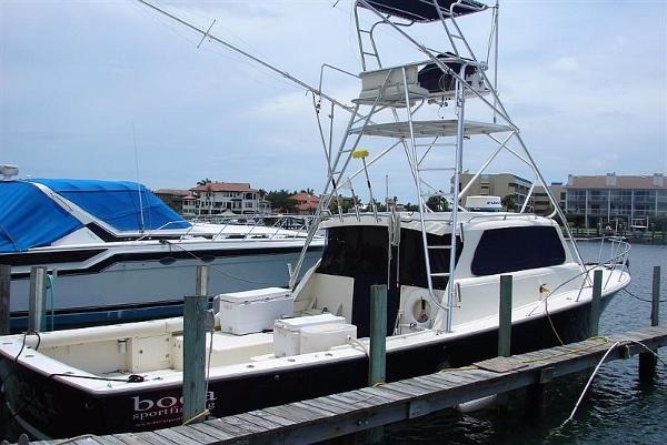 40 Dorado Bluewater Sportfish Profile stbd