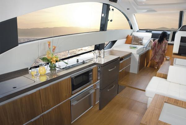 Fairline Targa 50 Gran Turismo Galley