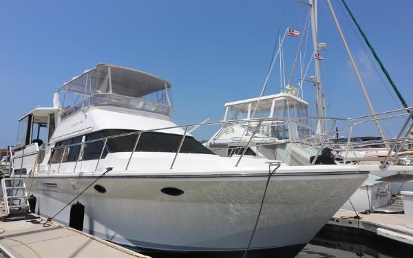 Nova Motor Yacht