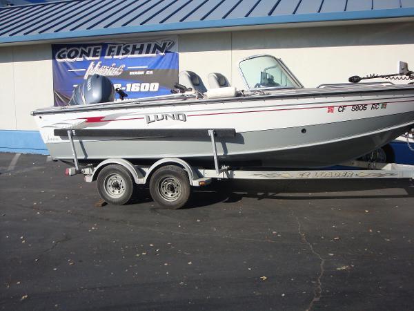 Lund 2000 Fisherman OB