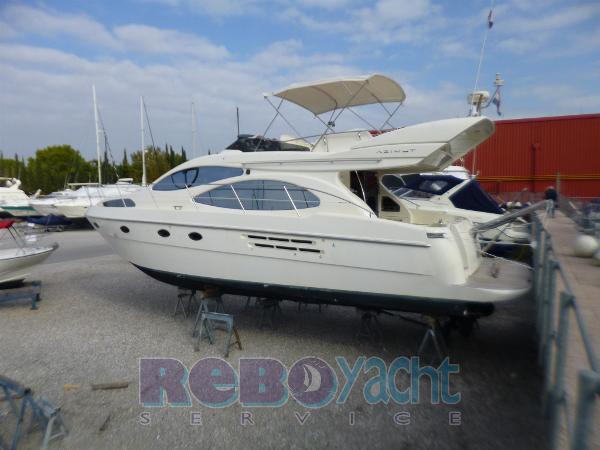Azimut 46E P1060200
