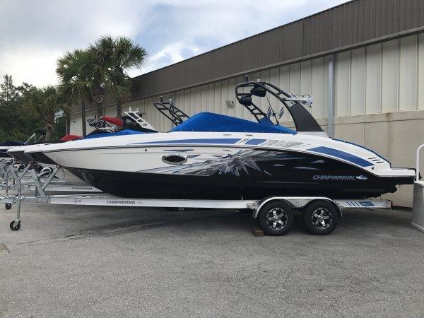 Chaparral 2430 VRX Jet Boat