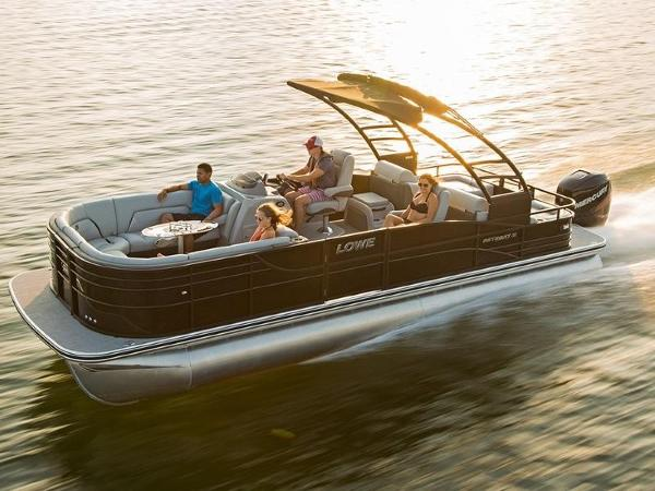 Lowe Boats Retreat 250 RFL
