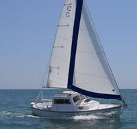 Compac 23 Pilot Under sail
