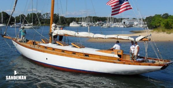 Alden Classic Bermudan Cutter