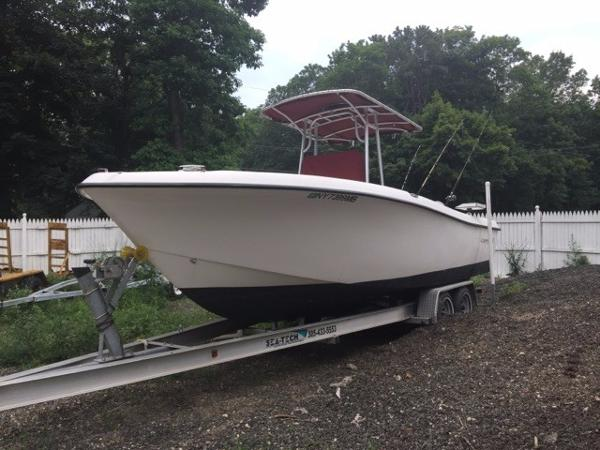 Cape Craft 23 CENTER CONSOLE